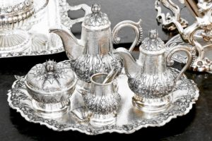 Silver tea set, silver for cash, twerys